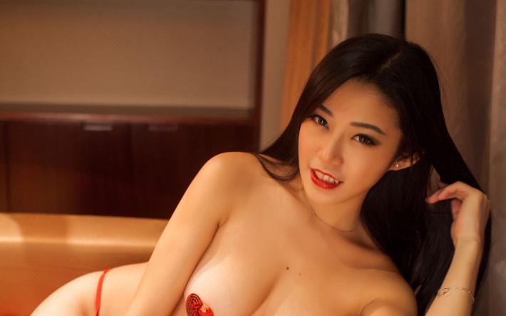 魅惑美女嫩模luvian图片高清电脑壁纸