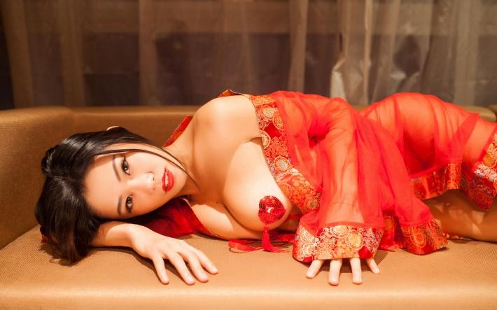 魅惑美女嫩模luvian图片win7壁纸